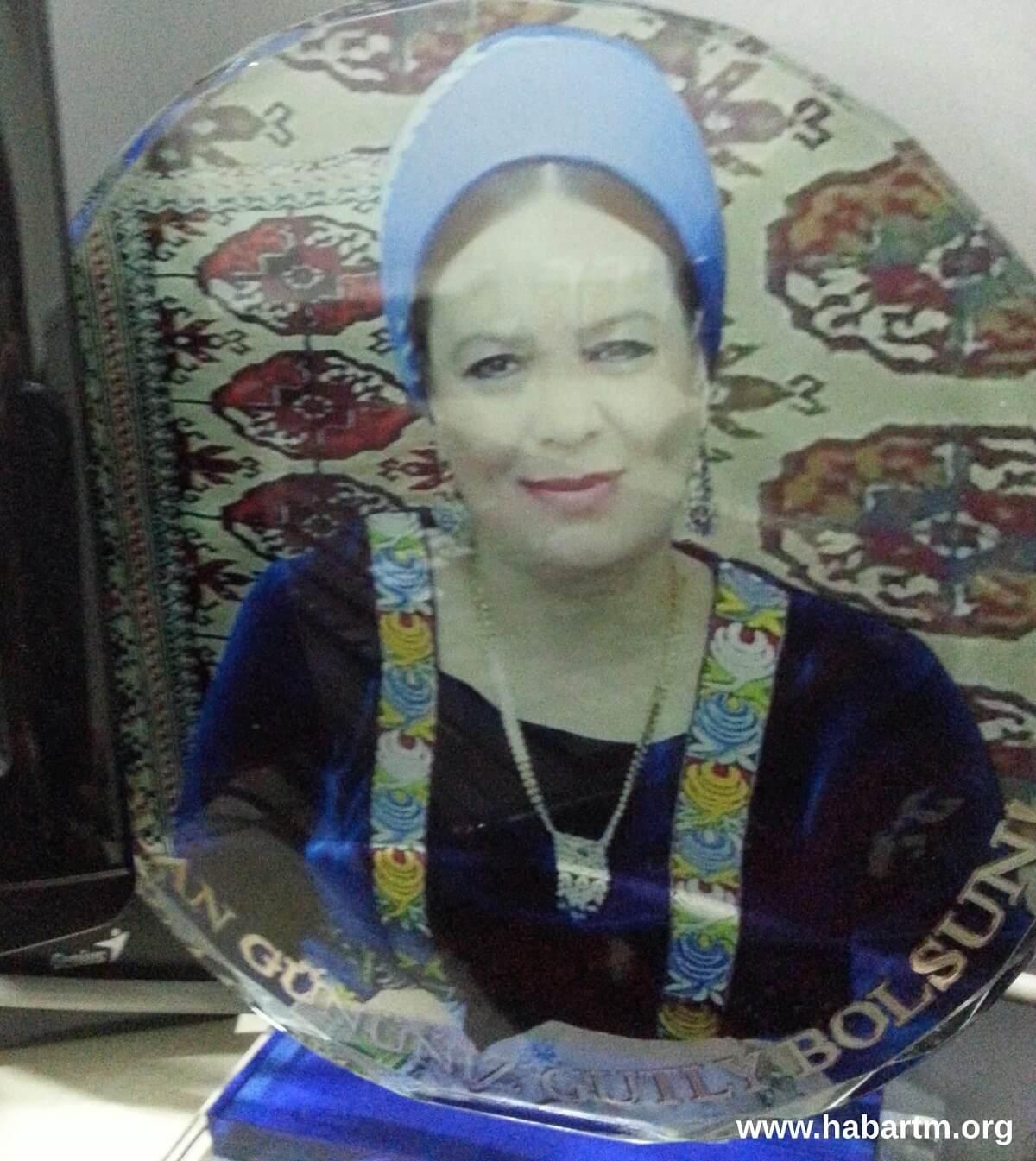По велению сестры. О ситуации внутри Общества Красного Полумесяца Туркменистана