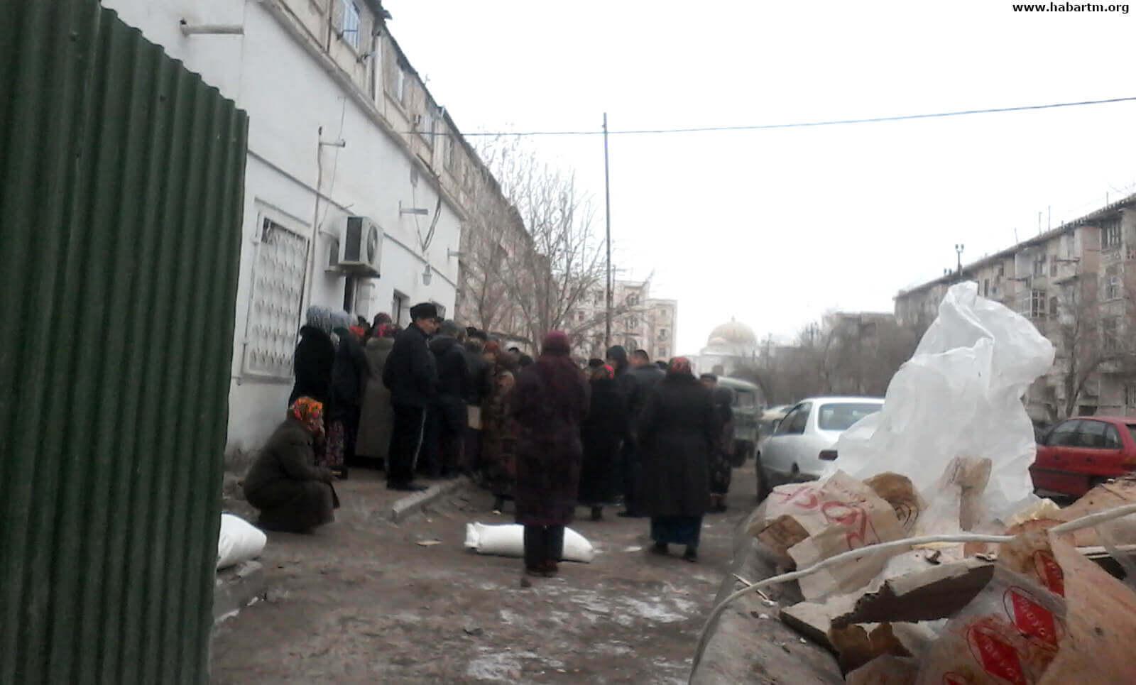 Туркменистан: Что происходит с обеспечением населения мукой
