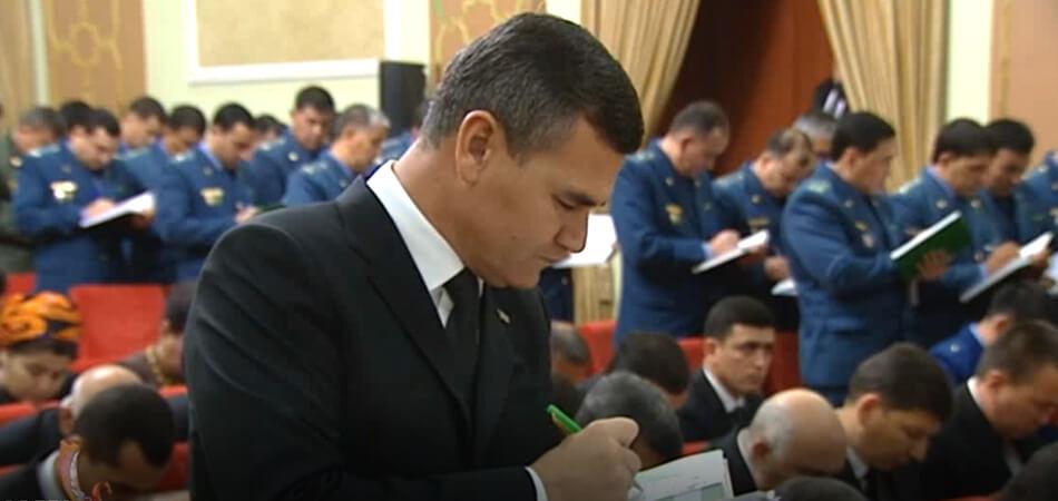 Мамметхан Чакыев уволен с поста главы МВД Туркменистана
