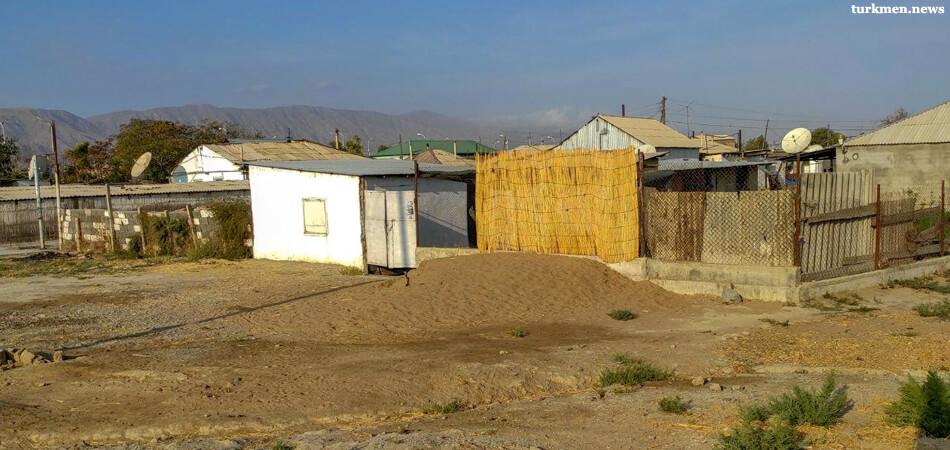 Жизнь за мрамором. Жители Гёкдепе уезжают на заработки за границу