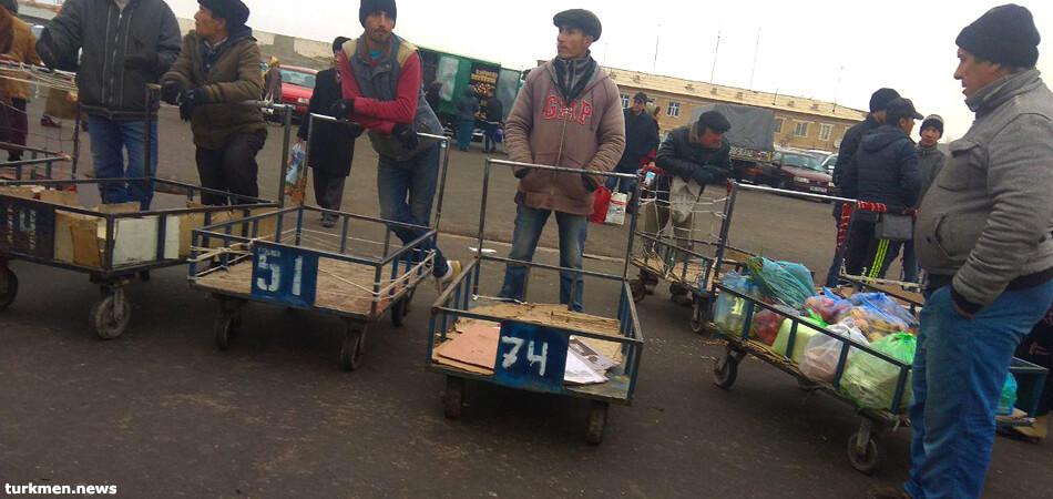 Туркменистан: Продление карантина загоняет бизнес в подполье