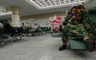В Туркменистан запретили въезжать непривитым иностранцам