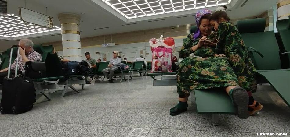 «Странные» действия туркменского самолета объяснили тренировкой пилотов