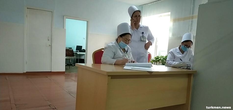 Ашхабад: Клиники перепрофилируют для приема пациентов с пневмонией