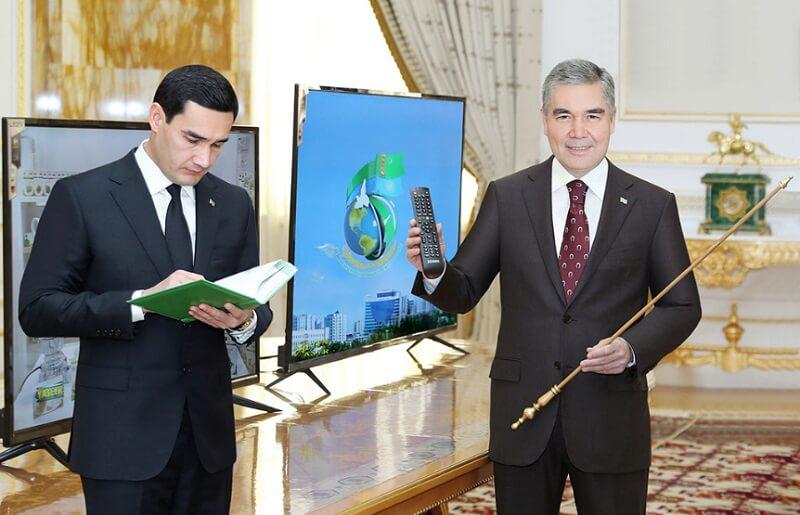 Жаркий февраль в Туркменистане: выговоры, увольнения и назначение сына президента вице-премьером