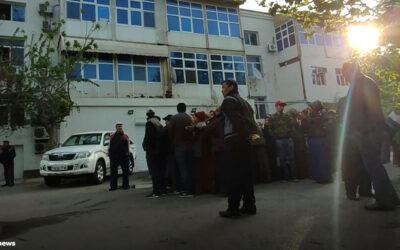 Обмороки и драки. Магазины Туркменабада и Абадана берутся штурмом