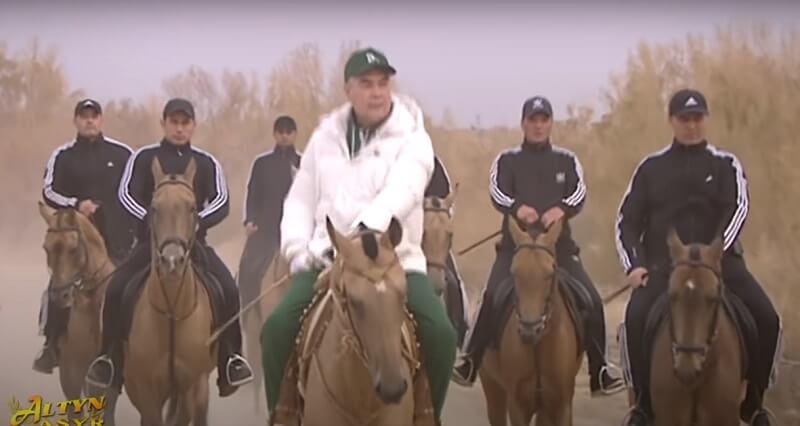 Поэтесса Гозель Шагулыева посвятила очередной стих президенту Туркменистана