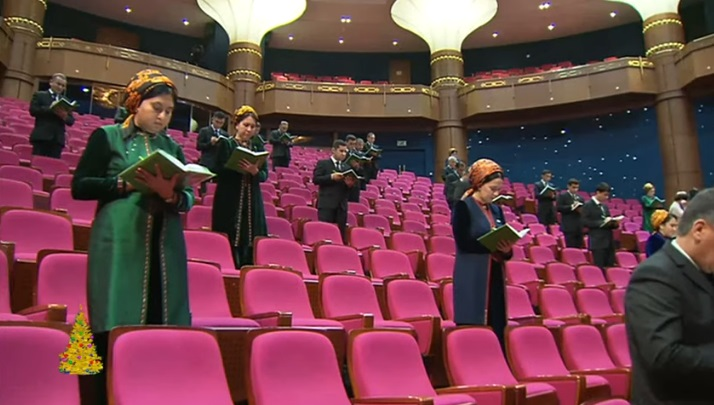 Бердымухамедову доложили об успехах туркменских СМИ