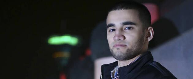 Жителя Ашхабада осудили на 4 года за репост фотографии с представителями ВОЗ