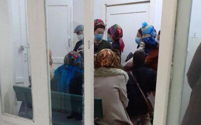 Неделя в Туркменистане: Вторая волна коронавируса, экономические проблемы и падение военного вертолета