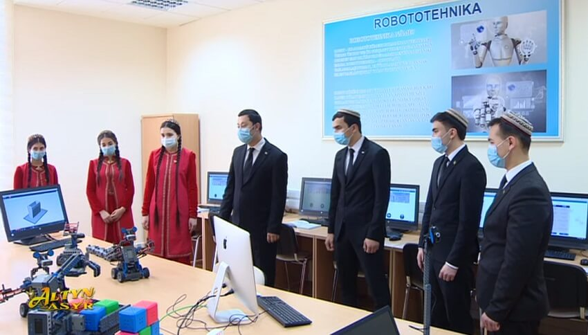 Российское студенческое издание исследовало причины поступления граждан Туркменистана в вузы РФ