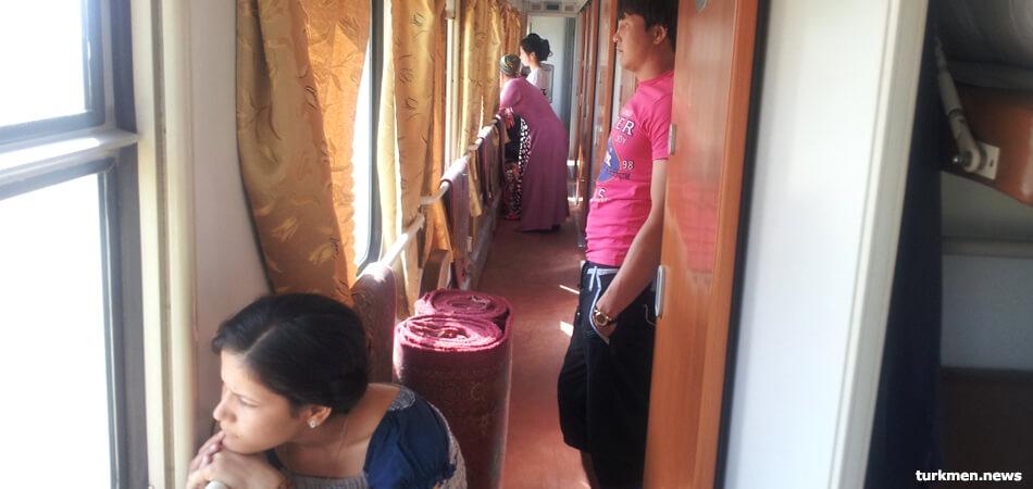 «Азатлык»: в Туркменистане отменили маршрут поезда из-за смерти пассажира от коронавируса