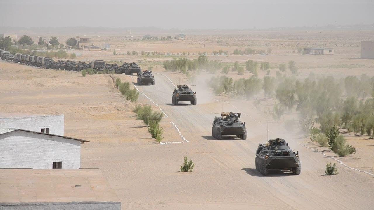 Афганистан: Солдаты правительственных сил массово бегут в Центральную Азию с приходом талибов на север страны. Обзор прессы