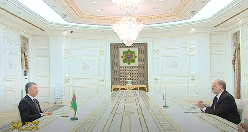 Президент Туркменистана встретился с новым главой ашхабадского офиса ОБСЕ