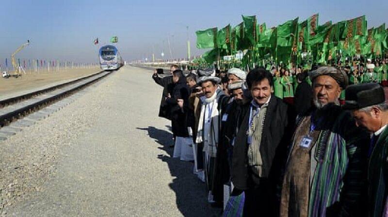 КПП между Туркменистаном и Афганистаном закрыли из-за перекрытия дороги талибами