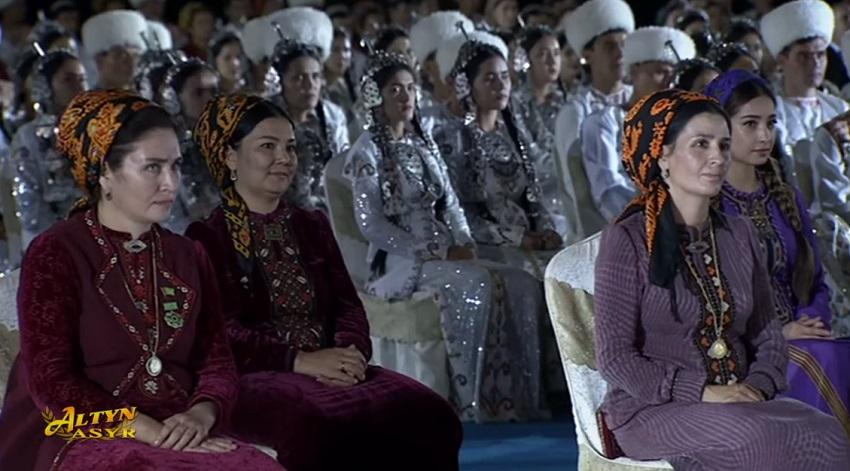 Гражданам Туркменистана порекомендовали отмечать Курбан-Байрам в кругу семьи