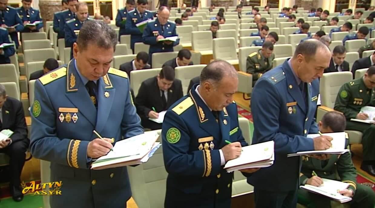 Бердымухамедов потребовал активизировать профилактику преступлений