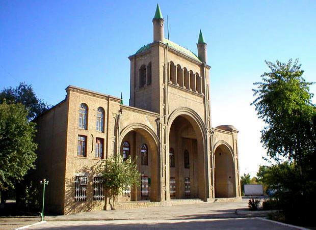 Бывшему краеведческому музею в Туркменабаде грозит разрушение из-за стройки