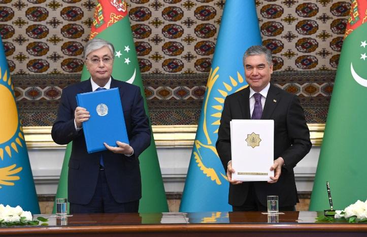 Казахстан увеличит поставки пшеницы и муки в Туркменистан